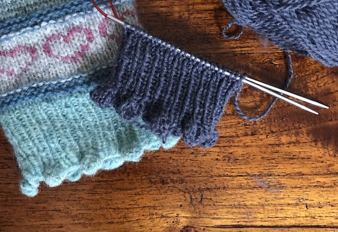 Cast on with bobbles